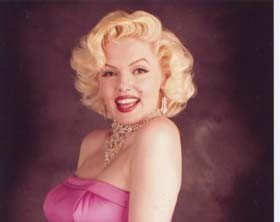 Marilyn Monroe Lookalike S